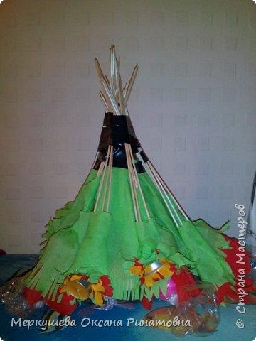 Приветствую вас на моем мастер-классе букета из свечей, который был изготовлен для моей племяшки, которая очень любит свечи. Девушке исполняется 17 лет и мы ей решили подарить букет из 17 свечей. Это мой первый опыт создания подобного букета. ))) фото 12