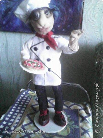 Захотелось пошить куклу из чёрных колготок.Получился вот такой папуасик. фото 3