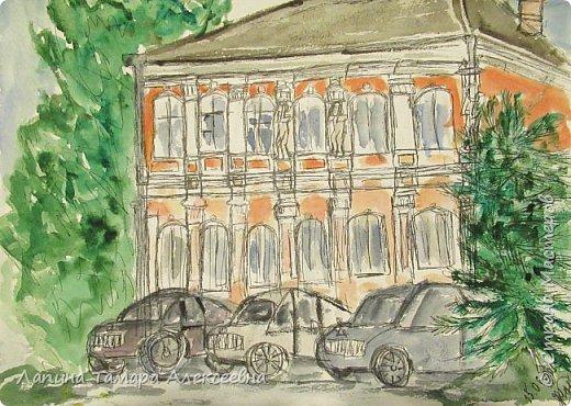 """Всем заглянувшим, доброе время суток! Предлагаем """"экскурсию"""" в рисунках по красивому, разнообразному, пока, Саратову. Дом на ул. Бабушкин взвоз."""