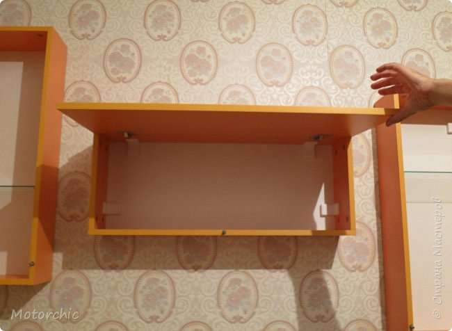 """После длительного перерыва в проектировании мебели я снова взялась за это дело. Новый мебельный проект - комплект """"Оранжевое настроение"""". Кроме непосредственно функции хранения он также обладает """"выставочной площадью"""", на которой можно менять """"экспонаты"""" по настроению. фото 10"""
