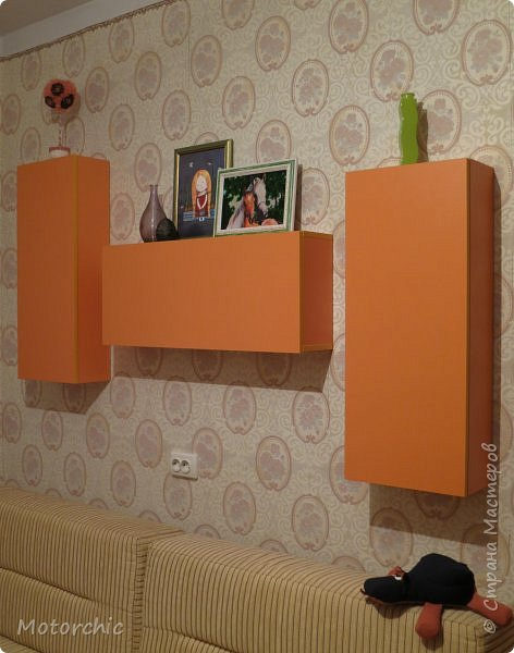 """После длительного перерыва в проектировании мебели я снова взялась за это дело. Новый мебельный проект - комплект """"Оранжевое настроение"""". Кроме непосредственно функции хранения он также обладает """"выставочной площадью"""", на которой можно менять """"экспонаты"""" по настроению. фото 17"""