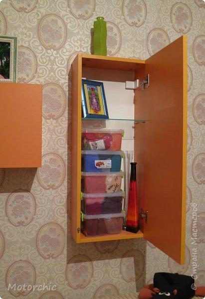 """После длительного перерыва в проектировании мебели я снова взялась за это дело. Новый мебельный проект - комплект """"Оранжевое настроение"""". Кроме непосредственно функции хранения он также обладает """"выставочной площадью"""", на которой можно менять """"экспонаты"""" по настроению. фото 14"""