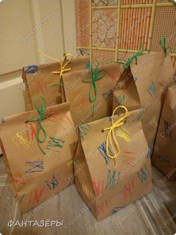 Вызвалась я как-то помочь очень хорошим людям оформить новогодние подарки.  Вот что у меня вышло. фото 6