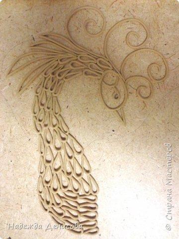 Моей дорогой свекрови 24 октября исполняется 92 года. Решила её порадовать птицей счастья, света , добра и достатка. Использовала свой любимый пластилин. фото 7