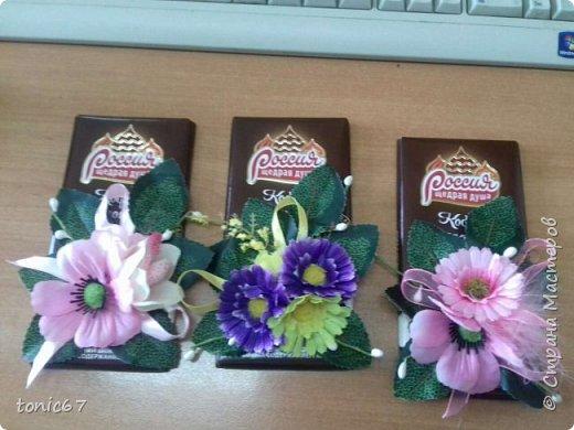 """Делала мужу для его коллег-женщин на 8 марта. Он там один среди женщин - каждый раз муки выбора """"цветы/шоколад/конфеты""""))). Это был не основной подарок, а просто так, утром положил каждой на стол в качестве приятного презента. Подарки они уже давно не дарят - просто накрывают """"общий стол"""" во время обеденного перерыва - так всем проще!!!   фото 3"""