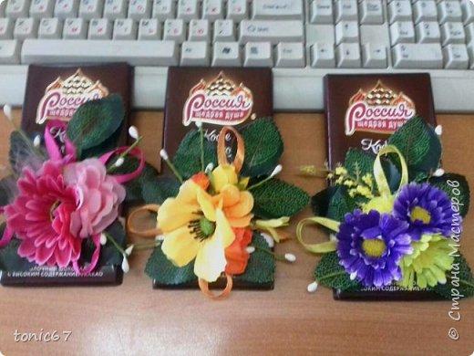 """Делала мужу для его коллег-женщин на 8 марта. Он там один среди женщин - каждый раз муки выбора """"цветы/шоколад/конфеты""""))). Это был не основной подарок, а просто так, утром положил каждой на стол в качестве приятного презента. Подарки они уже давно не дарят - просто накрывают """"общий стол"""" во время обеденного перерыва - так всем проще!!!   фото 2"""