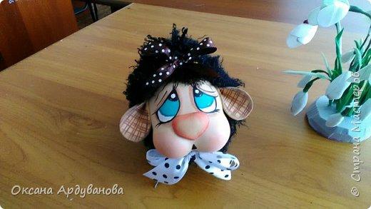 Бяшки-барашки созданы по мастер классу из ютьюба,https://www.youtube.com/watch?v=QXtl4EF2xPE ,получились очень милые и застенчивые. Подснежники еще не доделанные. фото 3