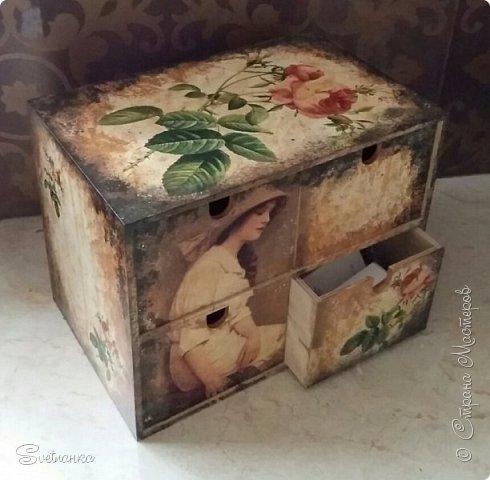 """Комодик из Икеи декупажила салфетками и картинками на рисовой бумаге. Потом подкрашивала """"под старину"""" фото 10"""