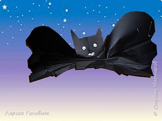 Летучие мыши моих первоклассников. К Хеллоуину не готовимся, просто мыши http://krokotak.com/2017/10/paper-bats/ оказались очень обаятельными+ доступность исполнения фото 1