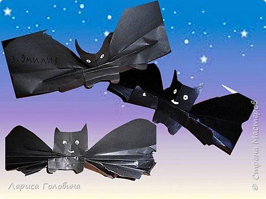 Летучие мыши моих первоклассников. К Хеллоуину не готовимся, просто мыши http://krokotak.com/2017/10/paper-bats/ оказались очень обаятельными+ доступность исполнения фото 3