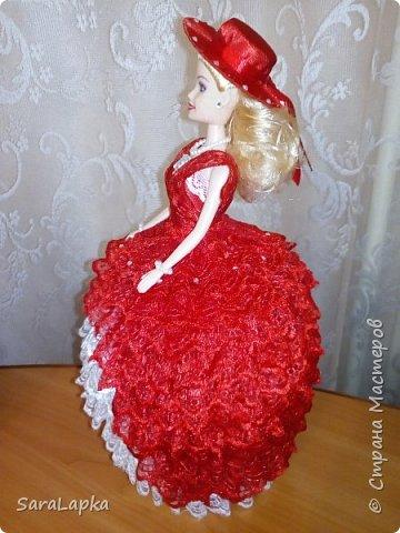 Всем привет.Вот наделала еще куколок.После моих последних красавиц на них начался спрос.Ну а мне тоже хорошо,руку набью.Почему то просят в красном платье,а мне все нравятся.Смотрите,вдохновляйтесь. фото 5