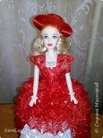 Всем привет.Вот наделала еще куколок.После моих последних красавиц на них начался спрос.Ну а мне тоже хорошо,руку набью.Почему то просят в красном платье,а мне все нравятся.Смотрите,вдохновляйтесь. фото 6