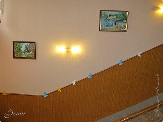 """Товарищи дорогие!!! У меня радостное событие! В клубе """"Огонек"""" проходит выставка моих картин.  Собственно говоря - """"выставка"""" - громко сказано), просто развешены в холле и вдоль лестниц 14 картин.  Приглашаю на виртуальную экскурсию) фото 2"""