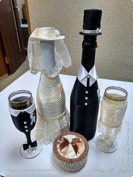 На свадьбу, крестница попросила сделать казну. В поисках казны, нашлись фотографии оформления бутылок и бокалов для молодых. Выкладываю фото на ваш суд.  фото 3