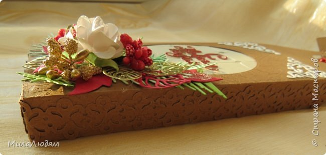 Хочу показать еще одну форму шоколада. Делала тоже для СП.  С белым шоколадом. фото 13