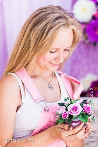 На этом фото ростовые цветы ручной работы создают фон. Платье так же выполнено мной фото 11
