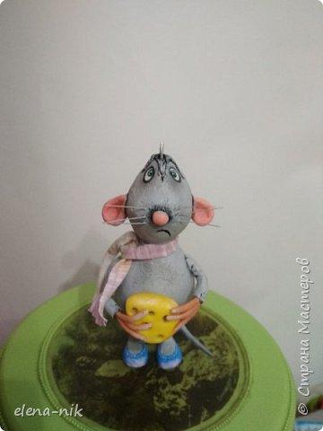 Добрый вечер!Проверьте свои холодильники, не стащил ли  кусочек сыра мышонок у вас? фото 4