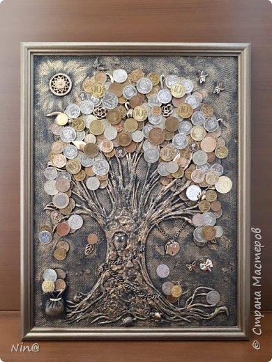 Здравствуйте мастера и мастерицы! Много денежных деревьев  на просторах интернета, вот и мне захотелось порадовать себя. Это денежное дерево я сделала в подарок на 8 марта. Огромное спасибо всем мастерам за подробный мастер-класс!!! Тани Сорокиной в МК скручивания жгутиков (http://stranamasterov.ru/node/308701), m_a_r_i_n_a http://stranamasterov.ru/node/578436?c=favorite_c. Размер панно-картины 30х40. фото 1