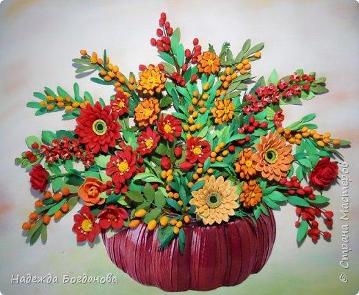 Здравствуйте дорогие мастерицы! Хочу показать вам одну из своих последних работ, в которой собрала букет из разных цветов и веточек. Букет получился яркий и насыщенный!   фото 7
