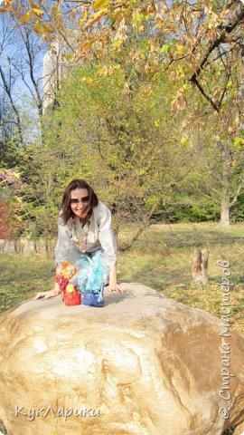 Красивая осень - время клеить смешные шляпки из цветов и шишек и идти гулять с куклами. На фото я и мои малыши.  Для тех кто со мной не знаком. Я Лариса.живу в Алматы.Люблю и делаю кукол. фото 4