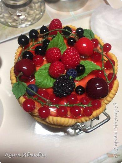 Баночка с ягодным декором.  фото 3