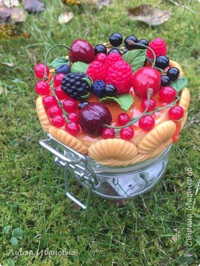 Баночка с ягодным декором.  фото 2