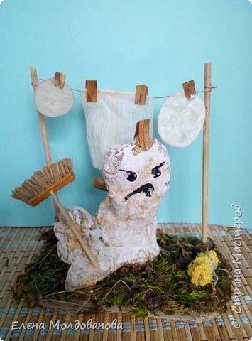 Павлины сделаны из шишек, камыша, высушенных цветов, мха и сухоцветов фото 4