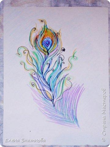 Здравствуйте! Попробуйте графику. Перед вами, чёрно-белый рисунок, но он может быть по вашему желанию и другим. Своим ученикам я предлагала разные варианты. Например, можно изобразить времена года, тогда деревья будут трёх цветов (голубым. зелёным, жёлтым) или другого цвета, вместо чёрного и белого, так же выбрать можно выбрать, чем рисовать. Этот рисунок выполнен тушью. Для этого пригодятся специальная ручка с перьями для туши. Могу заверить. если нарисовано с желанием и аккуратно, в любом из преложанных вариантов, выглядит очень красиво. Целью работы в этом рисунке служат два этапа, в которых меняется фон с объектом. Пусть деревья будут немного покорявее, выводите линии, свободно, произвольно. Набиваейте руку рисовать без усилия и нажима. Запомните, эскиз должен быть слабо нанесён карандашом на бумагу так, чтобы при раскрашивании его не было видно. фото 6