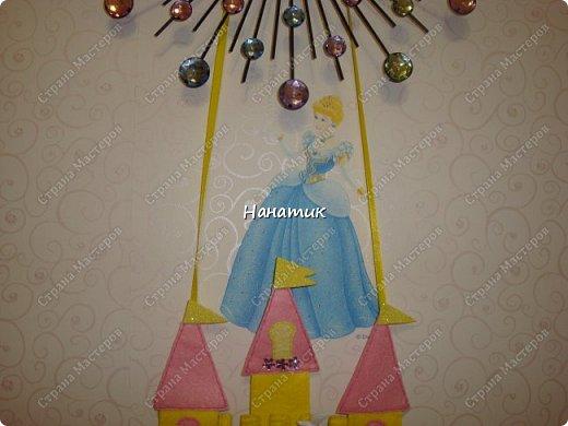 Доброе утро! Сшила из фетра календарь ожидания Дня Рождения! Дочурка попросила сделать. Увидела в интете такое панно, и тут же решила, что именно такой календарь хочу сделать). фото 6