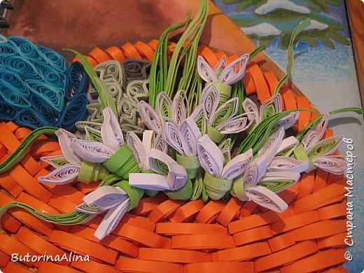 """Панно """"Встреча Нового года"""" Для создания фона использованы цветные карандаши. Коллективная работа. фото 6"""