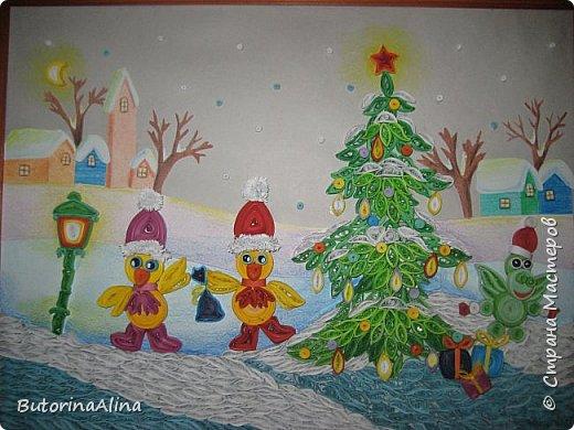 """Панно """"Встреча Нового года"""" Для создания фона использованы цветные карандаши. Коллективная работа. фото 1"""