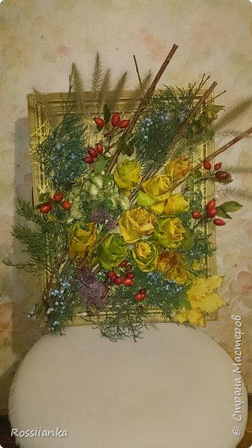 Здравствуйте жители СМ! Представляю вам цветочную композицию и пано из природных материалов, сделанные в школу для праздника Осени. Розы из кленовых листьев.  фото 2