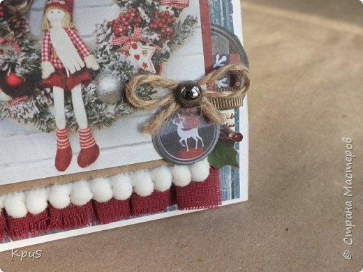 И снова здравствуйте! Подготовка к новогодним праздникам не может обойтись без изготовления открыток. Что за подарок без открытки? не привычно как-то.  Вот и я покопалась в своих запасах, нашла прошлогодние коллекции, а точнее несколько кусочков от них, и вперед.  фото 2