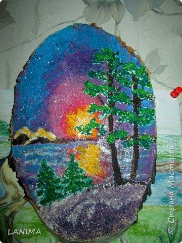картинки на спилах дерева гуашью и крашеной крупой фото 1