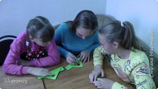 К 100-летию революции на работе проводила с детьми мастер класс по изготовлению будёновки. фото 8