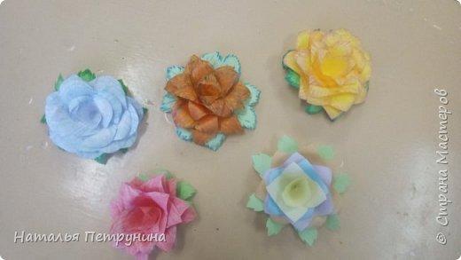 Цветочки на газоне, Цветы в зелёной кроне, Цветочки на окошке, Цветы в моей ладошке...    фото 1