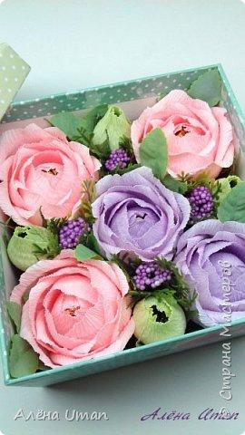 Здравствуйте!корзина с розами и черникой,когда делала очень старалась,наверно поэтому результатом я довольна (редко бывает)Листочки впервые сделала из гофры,смотрится здорово! фото 5