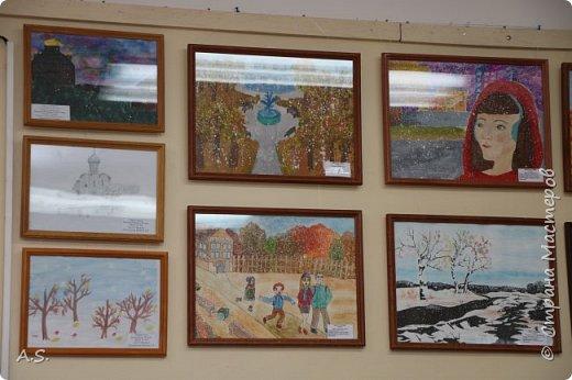 И снова выставка детских работ, посвященная празднику Покрова Пресвятой Богородицы.  фото 11