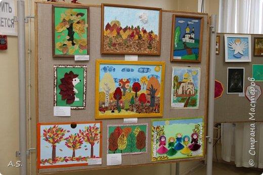 И снова выставка детских работ, посвященная празднику Покрова Пресвятой Богородицы.  фото 13