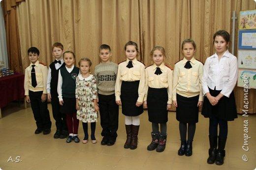 И снова выставка детских работ, посвященная празднику Покрова Пресвятой Богородицы.  фото 16