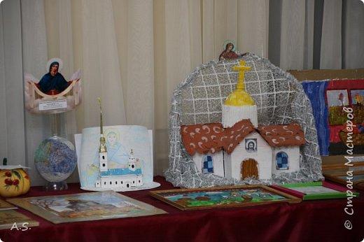 И снова выставка детских работ, посвященная празднику Покрова Пресвятой Богородицы.  фото 15