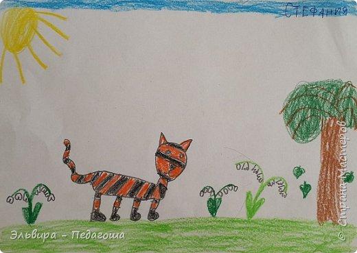 Очень быстро пролетела первая четверть. Оглянулась назад.... как много мы оказывается говорили на разные темы и очень много рисовали!!! Обо всём на свете!!! Например, о растениях и животных, которые нуждаются в охране и занесены в Красную Книгу. Или рассказали друг-другу о наших домашних питомцах, о том какие  животные и растения нам нравятся. фото 8