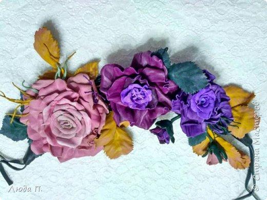 Доброго времени суток! У меня сегодня опять украшения из кожи. 1. Брошь заколка бордовая роза фото 16