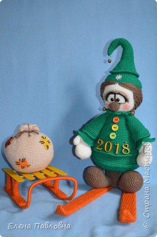Добрый вечер всем,всем, всем!!!До Нового года еще 2 месяца. Но... готовить сани и елки нужно если не летом, то хотя бы осенью.  фото 1