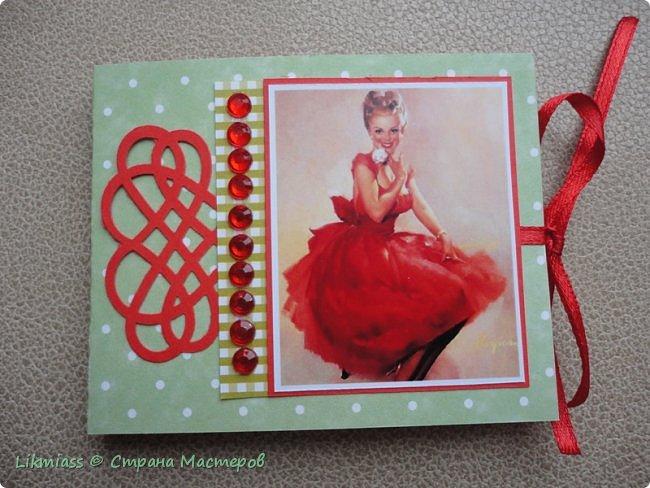 Вот эти милые не затратные маленькие альбомчики просто прелесть что такое для подарка МК здесь http://stranamasterov.ru/node/1073744?t=451 фото 5