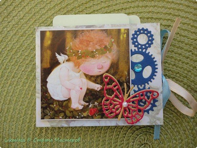 Вот эти милые не затратные маленькие альбомчики просто прелесть что такое для подарка МК здесь http://stranamasterov.ru/node/1073744?t=451 фото 4