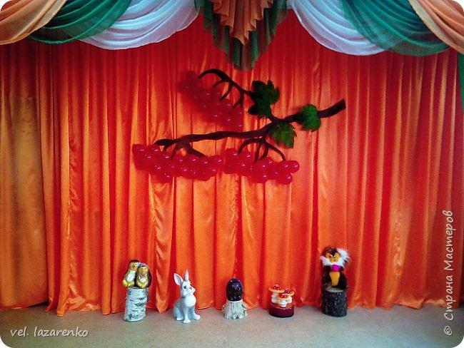В нашем садике есть традиция, старшая группа на праздник осени показывает театрализованное представление Ярмарок.   фото 7