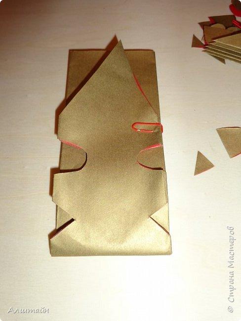 Праздничные украшения 3D из бумаги фото 22