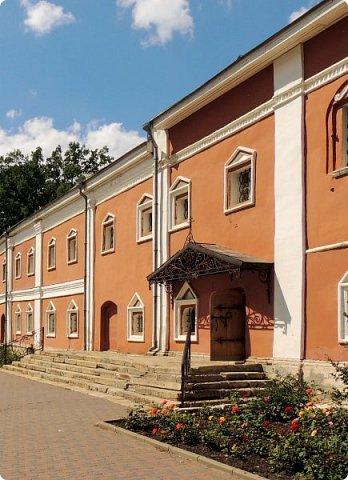Церковь Успения Пресвятой Богородицы. Николо-Угрешский монастырь. фото 3