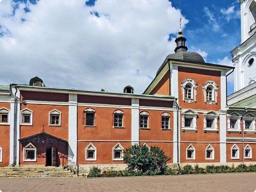Церковь Успения Пресвятой Богородицы. Николо-Угрешский монастырь. фото 1